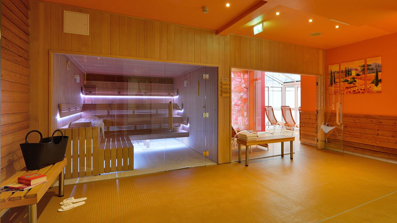 Wellness in Niederbayern| THE MONARCH HOTEL